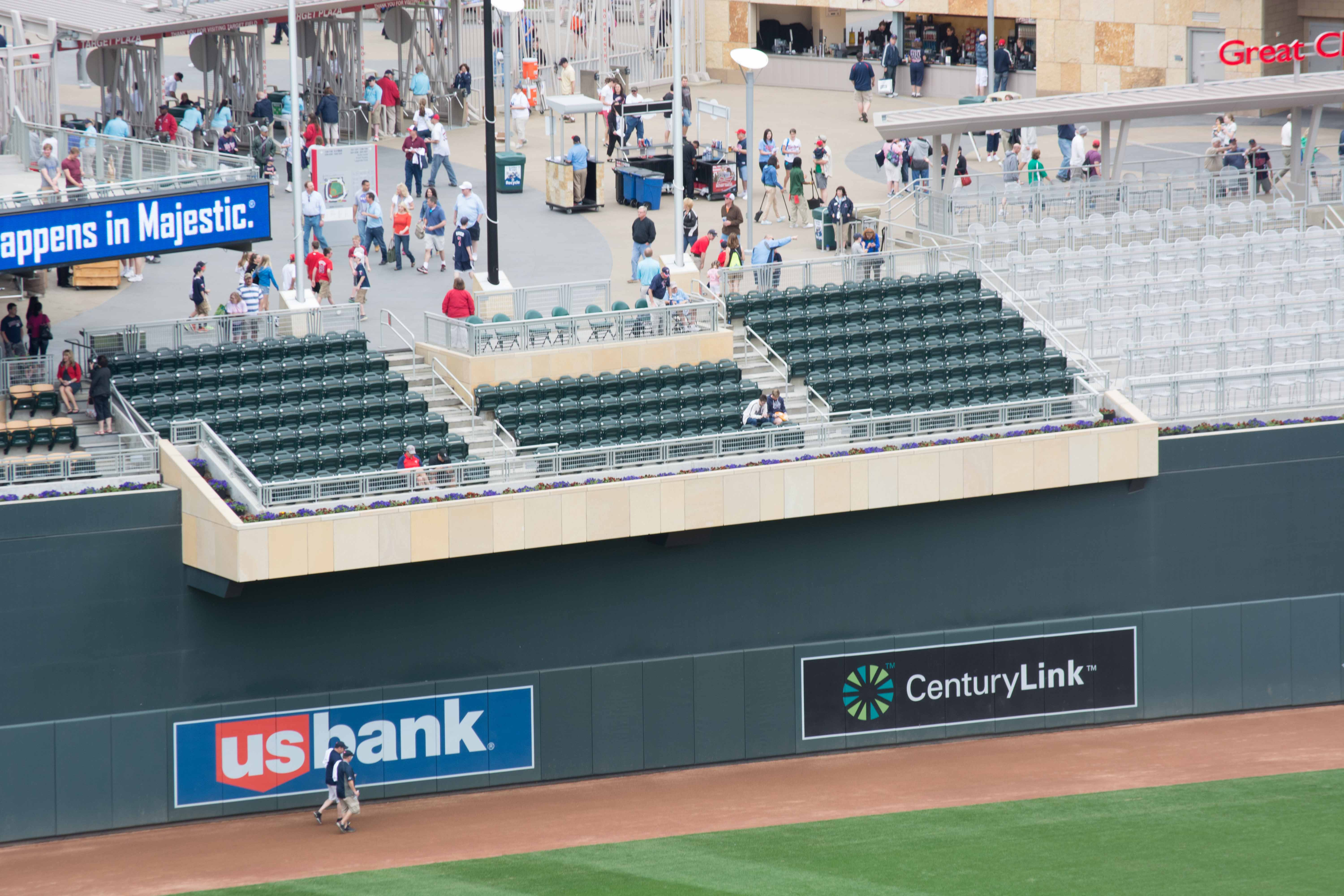 Where Are Treasure Island Cove Seats At Target Field